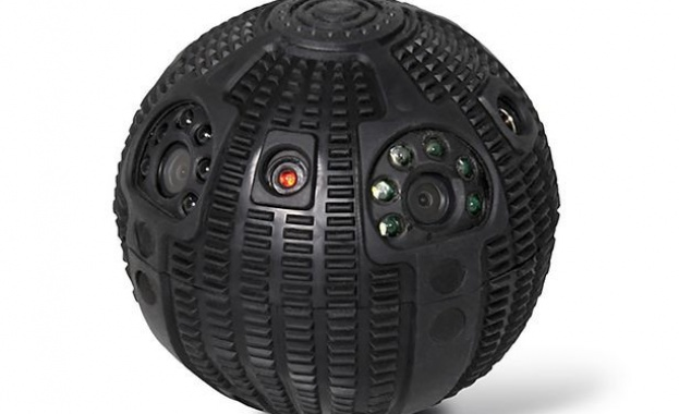Русия със шпионски робот като от Star Wars