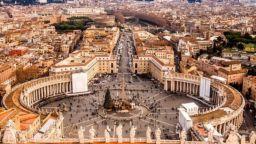 Какви тайни крият секретните архиви на Ватикана?