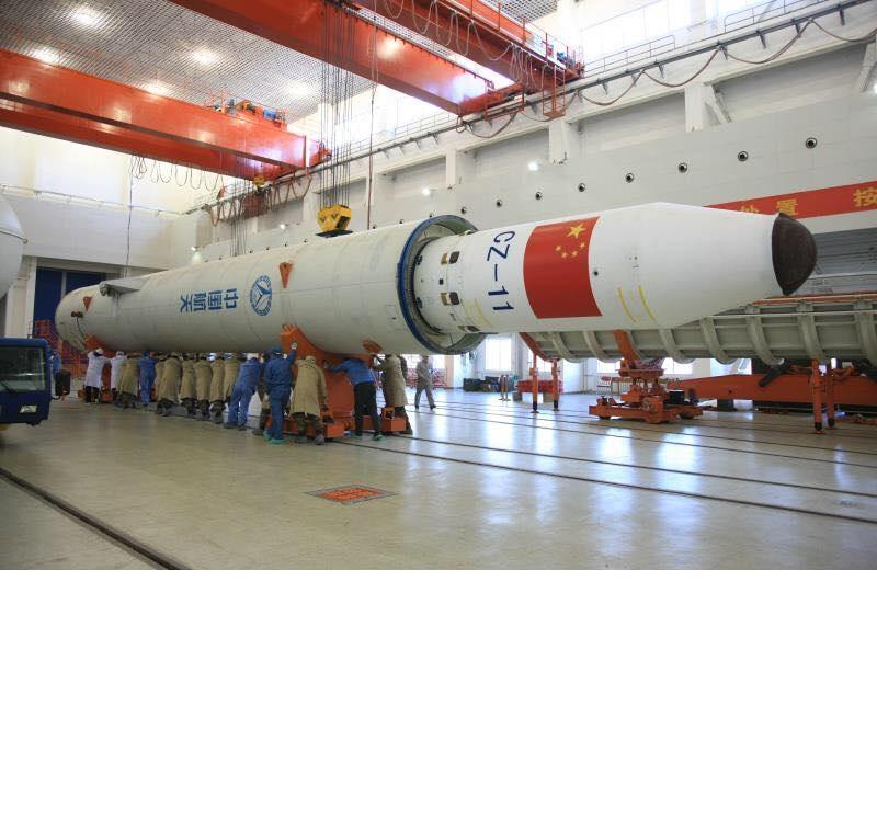 Китай планира да разработи нова ракета-носител с двигател на твърдо гориво