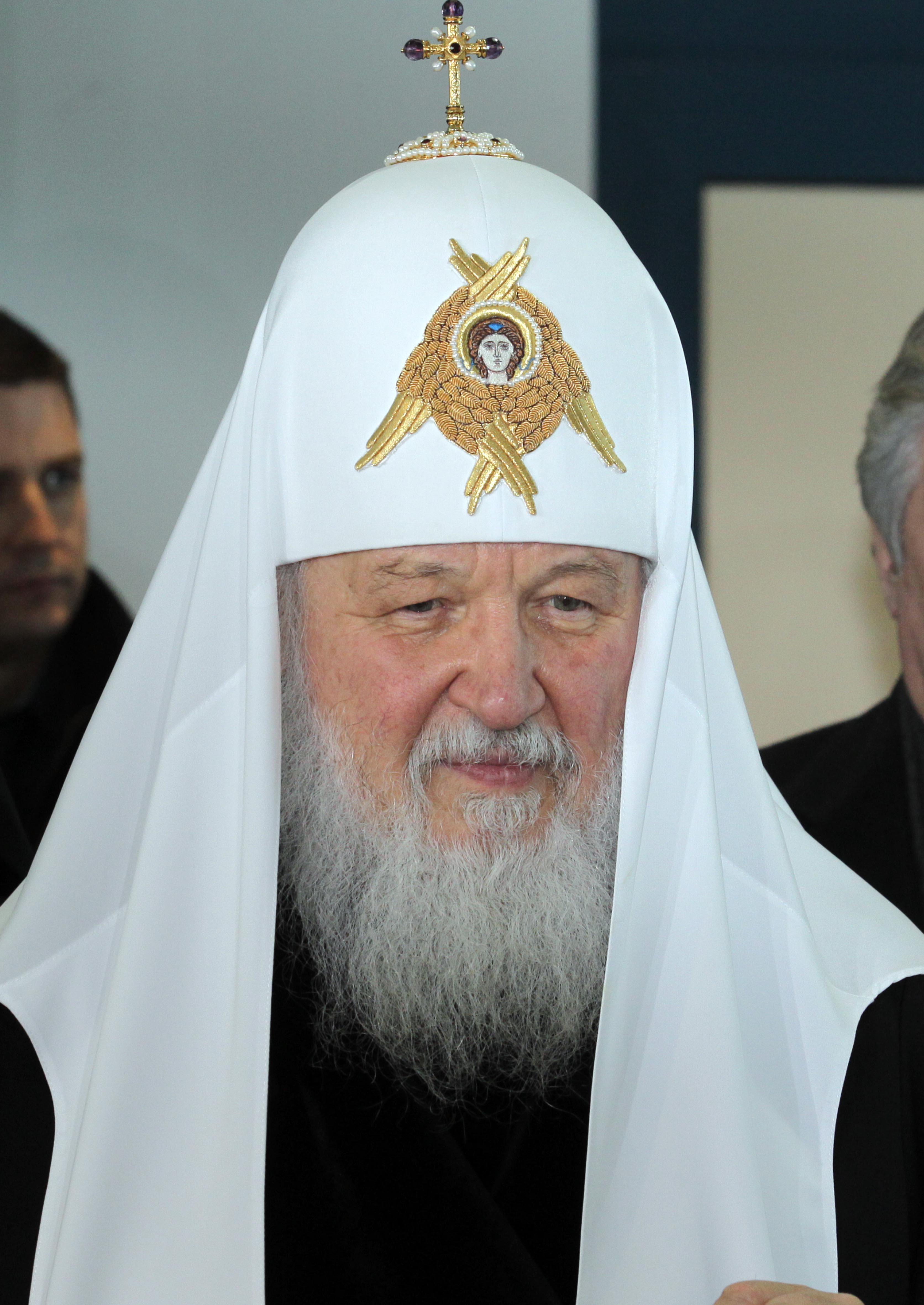 Патриарх Кирил смъмри българските власти пред Румен Радев