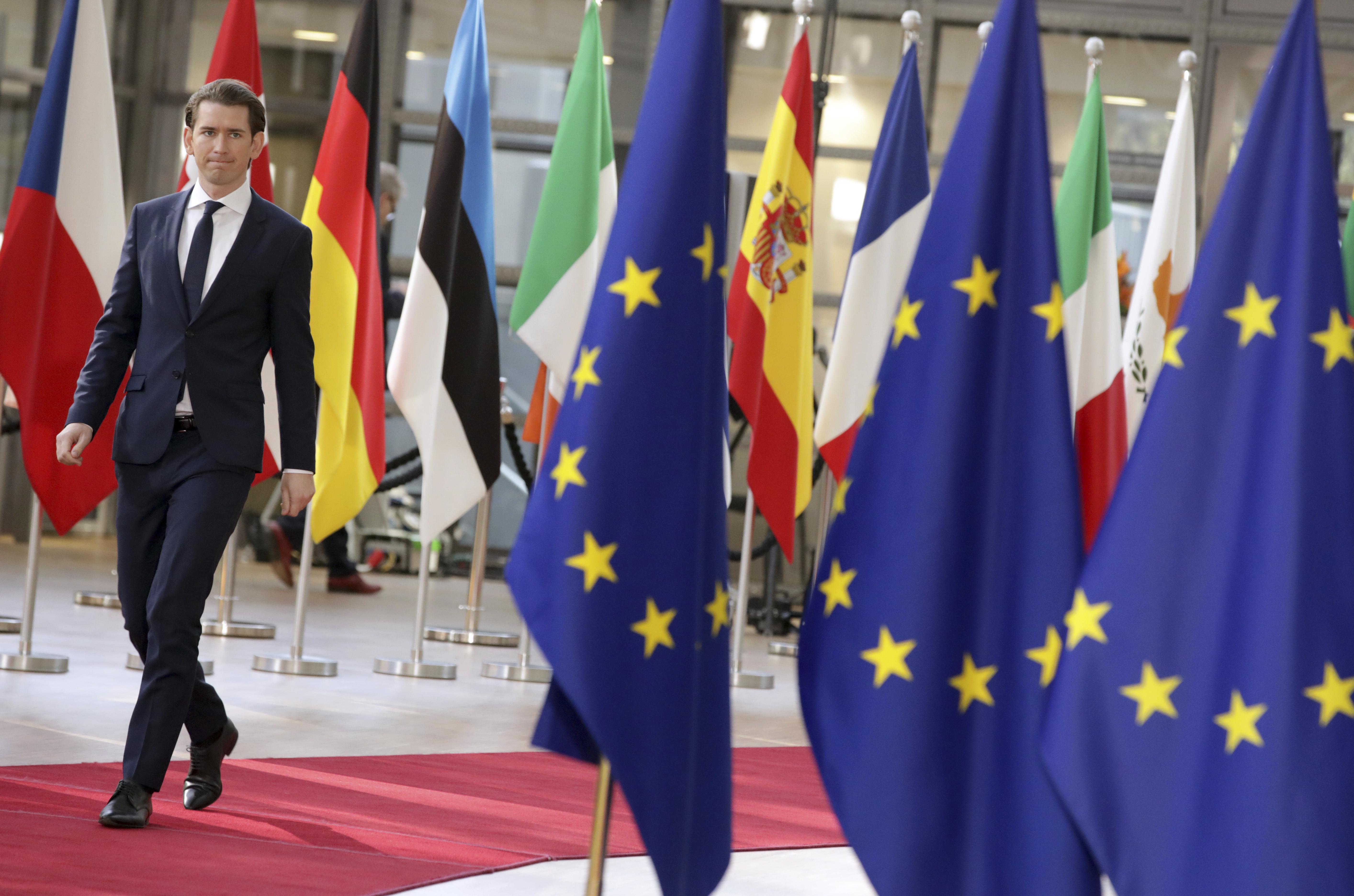 Официално: Брюксел удължи санкциите срещу Русия