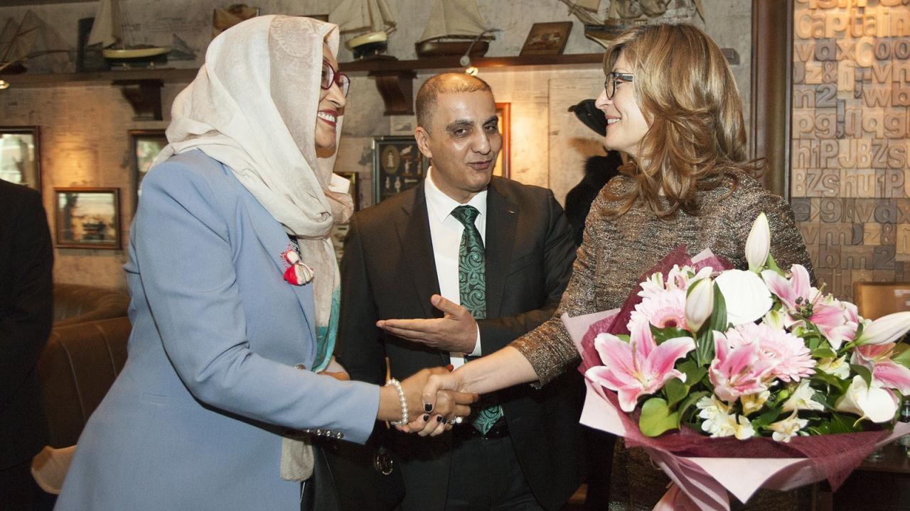 Захариева открива първото посолство на България в Абу Даби