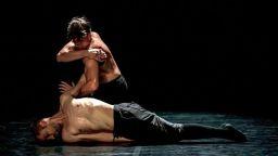 """Унгарският спектакъл """"The Station"""" на сцената на ДНК"""