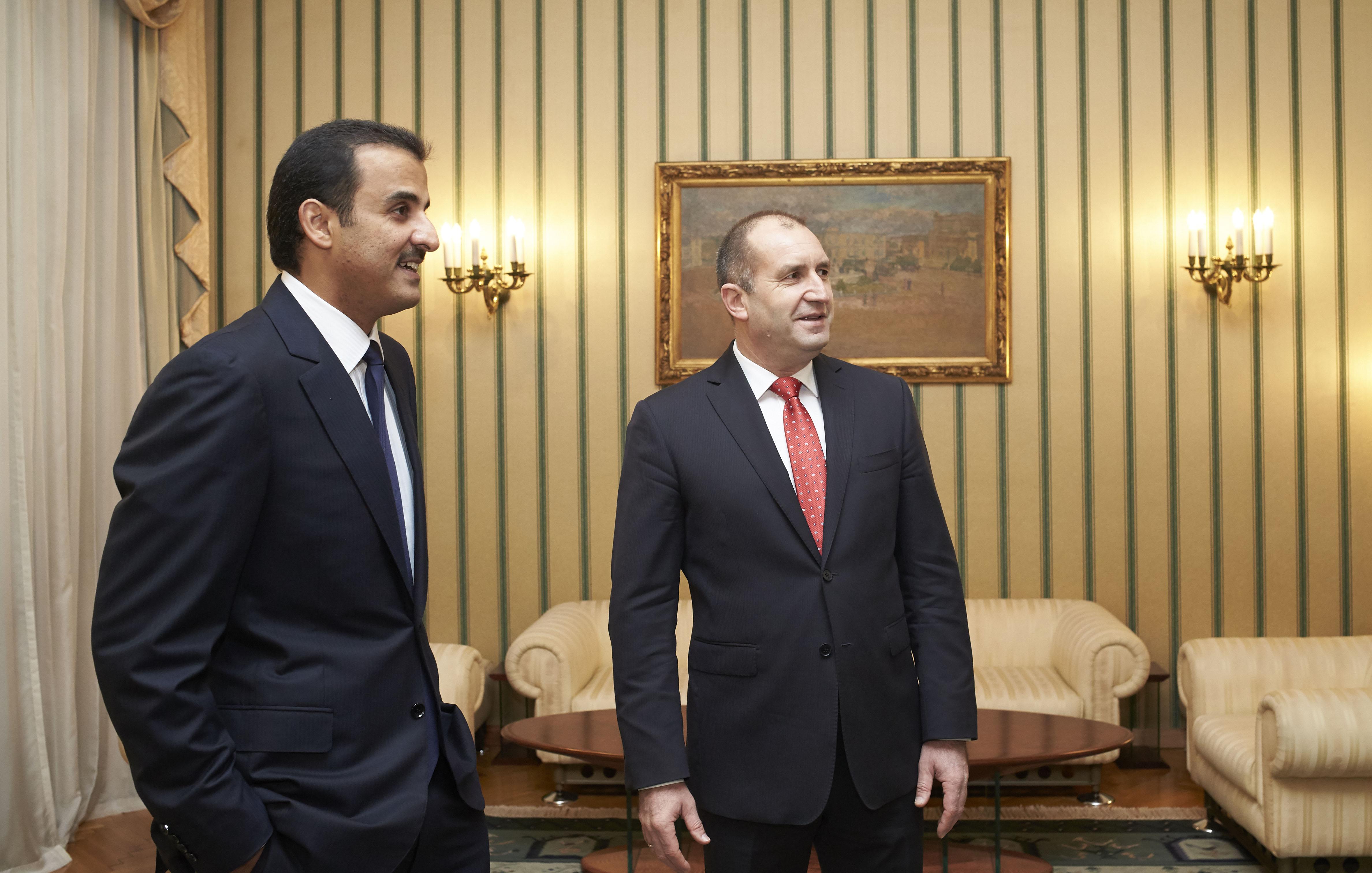 Радев обсъди с емира на Катар привличане на инвестиции