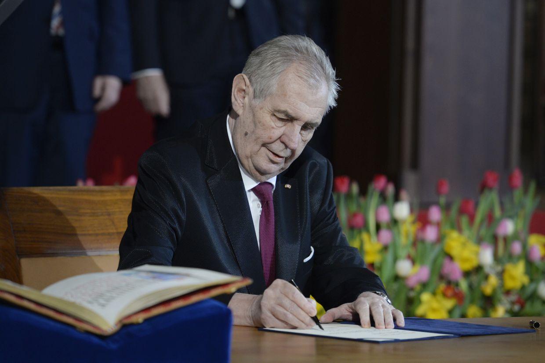 Чешкият президент положи клетва за втори мандат