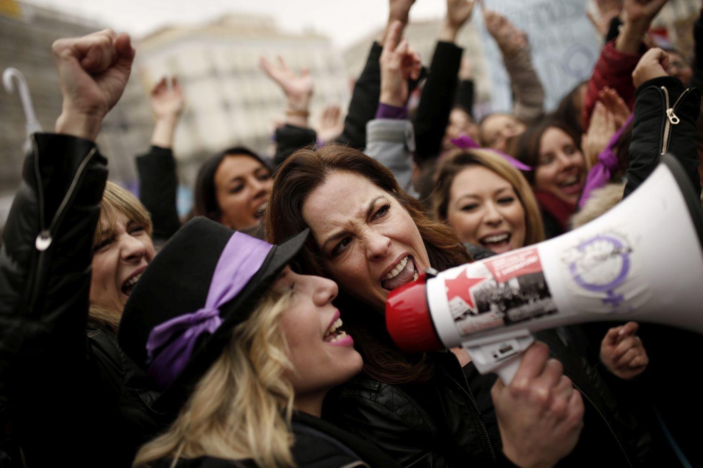 Безпрецедентна стачка на жените в Испания