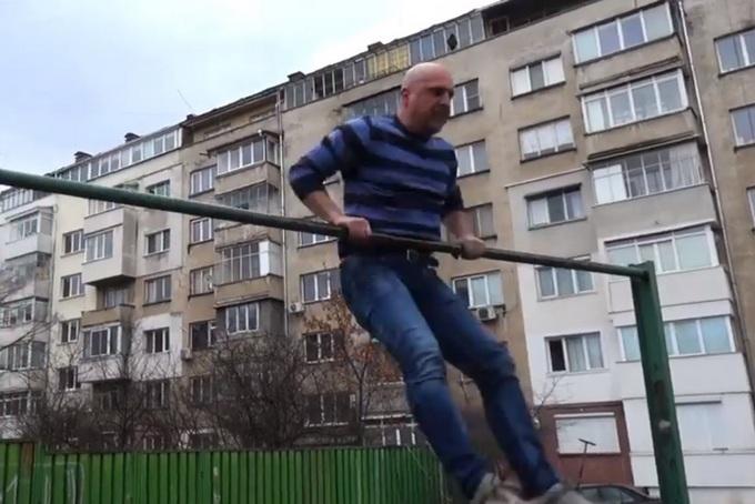 Витков направи превъртане като Радев, предизвика Каракачанов