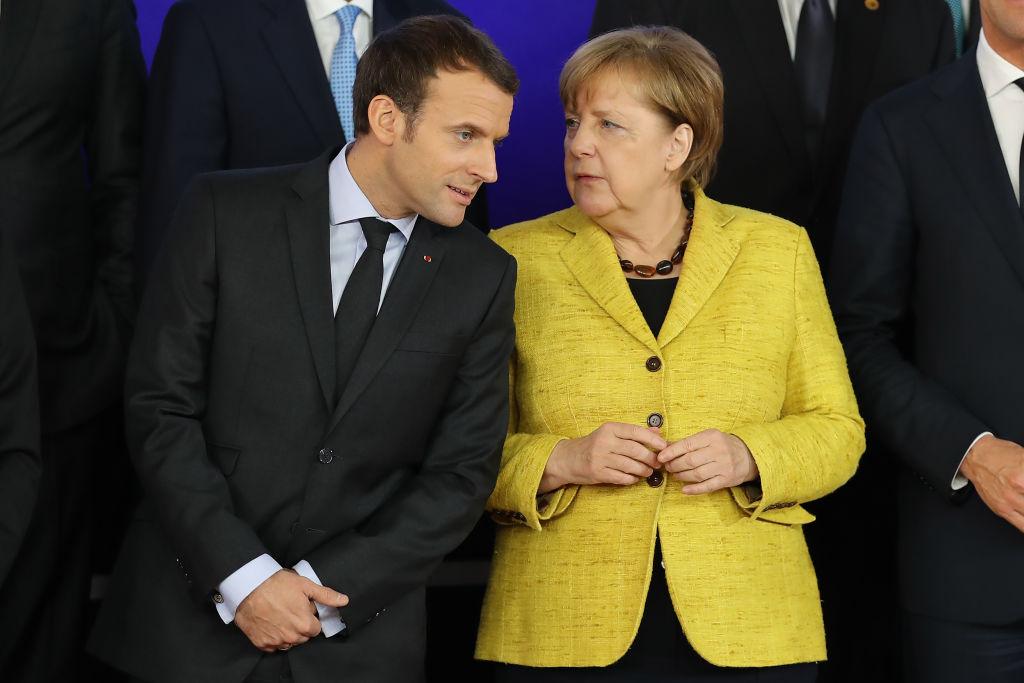 Меркел иска много повече от нова Еврозона