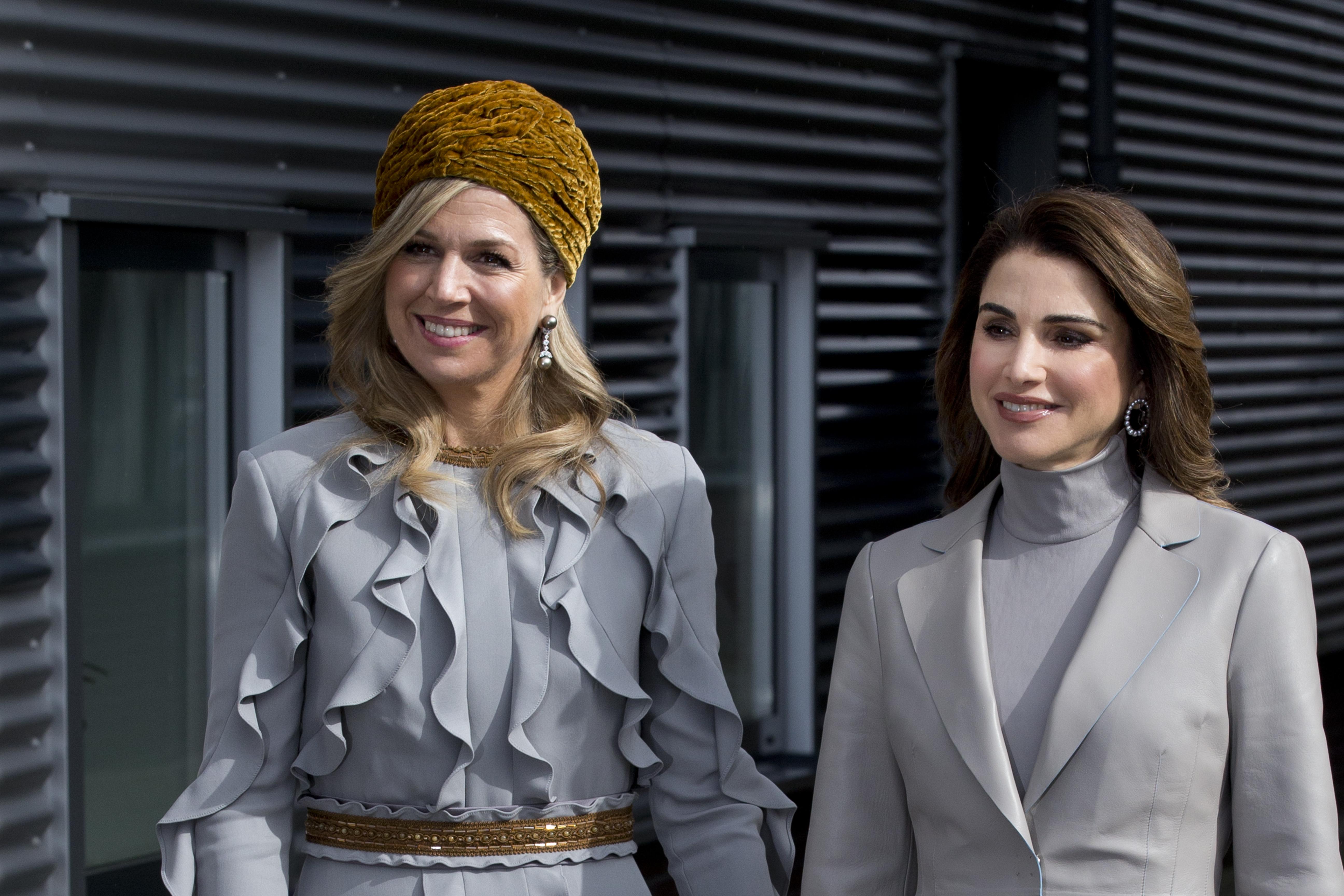 Кралиците Максима и Рания се облякоха в тон