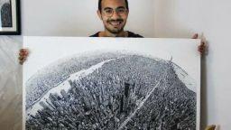 Студент от Египет нарисува всички сгради на Ню Йорк на лист 70 на 100 см