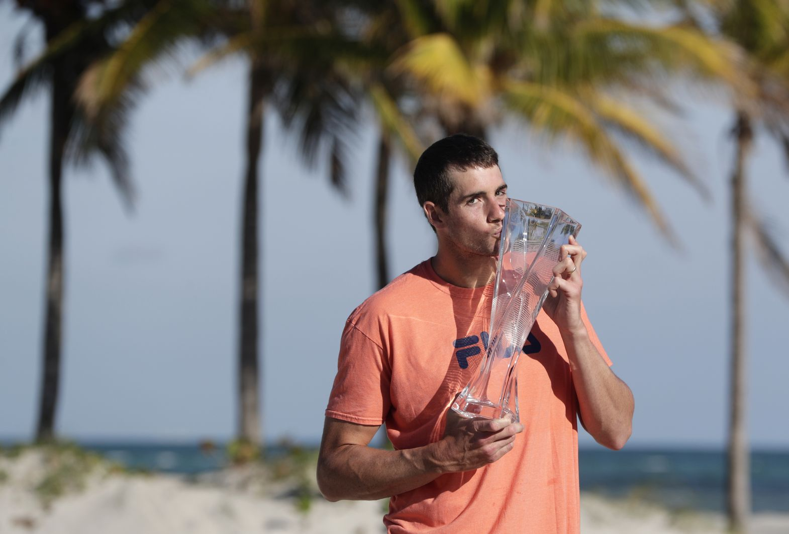 Бомбардировачът Иснър е шампион в Маями