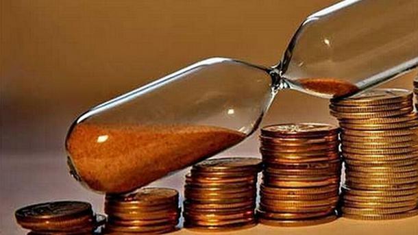 Горивата ще поскъпнат с над 5 на сто до края на 2017, сочи прогнозата на финансовото министерство