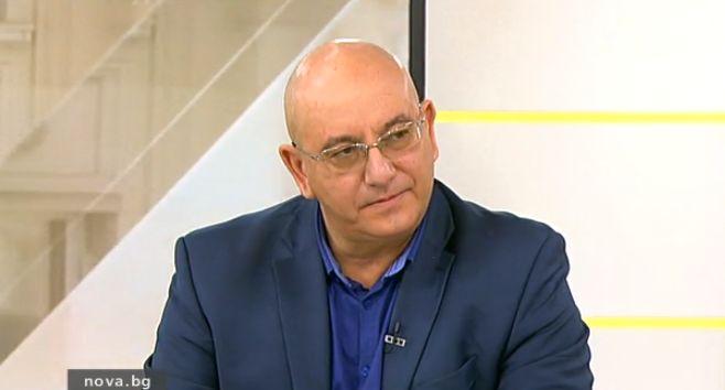 Емил Димитров-Ревизоро: Засегнахме интереси за 1 млрд.
