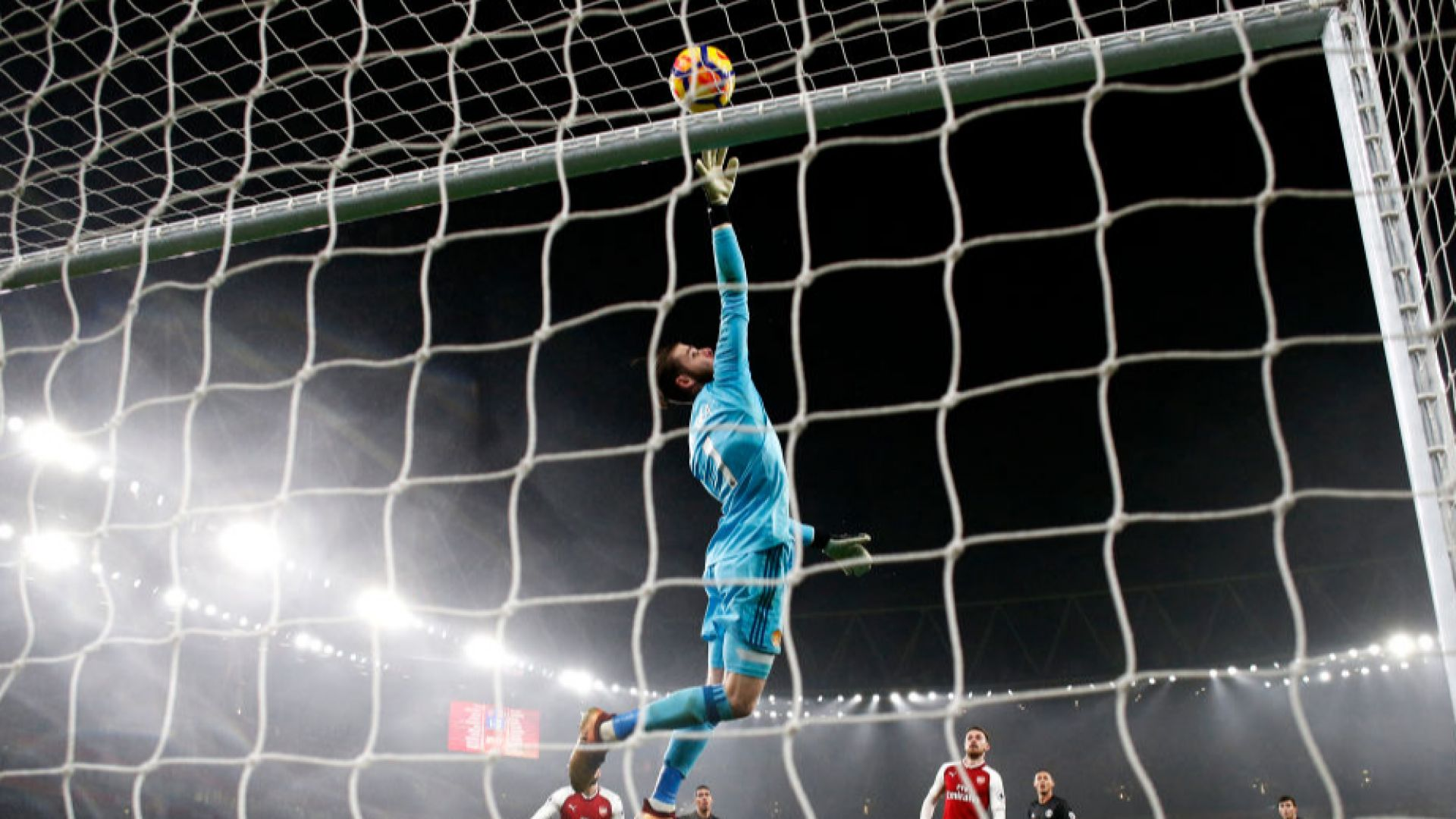 """""""Юнайтед"""" обвързва най-добрия си играч с блага заплата"""