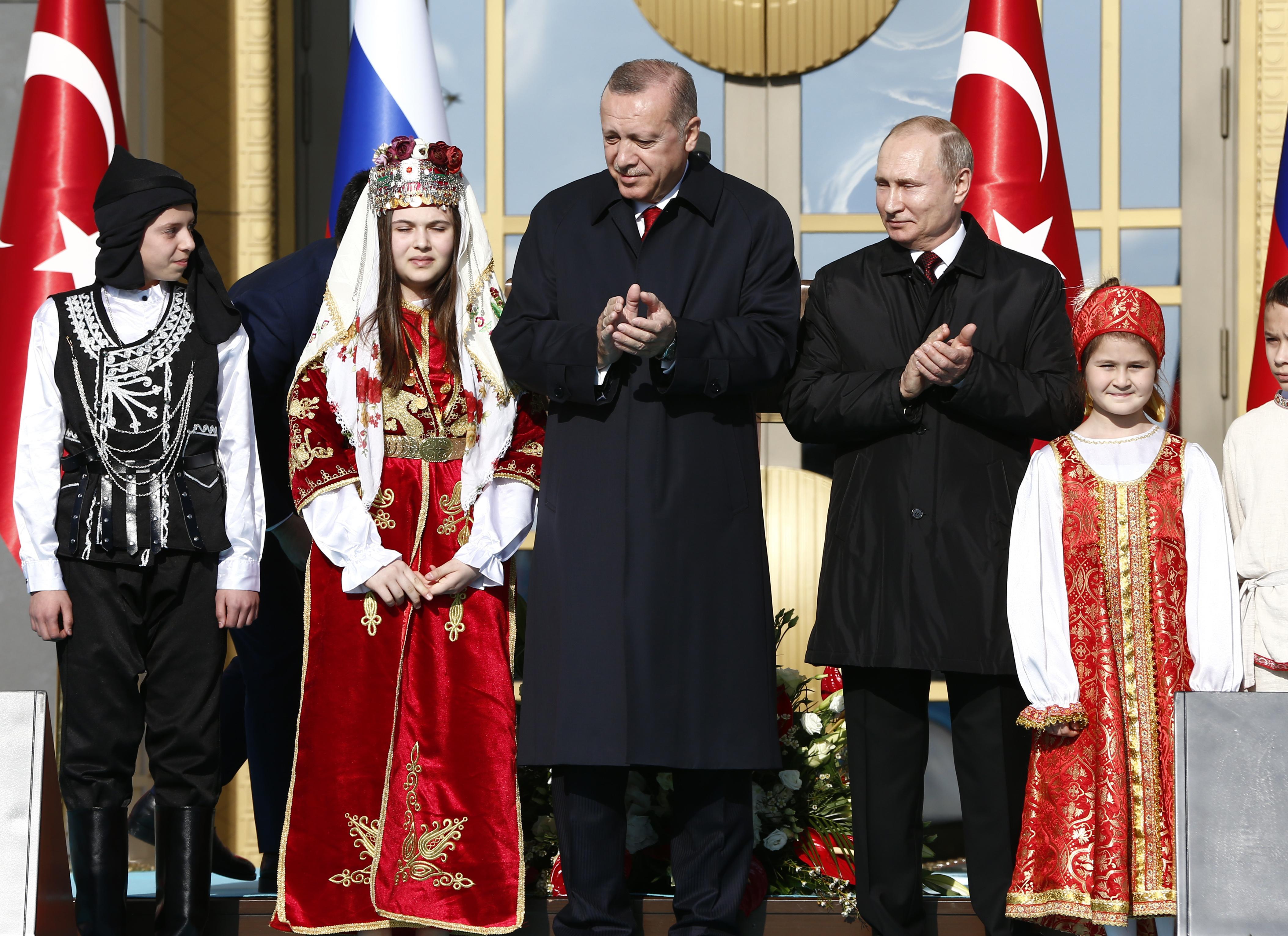 Путин и Ердоган стартираха строежа на първата АЕЦ в Турция