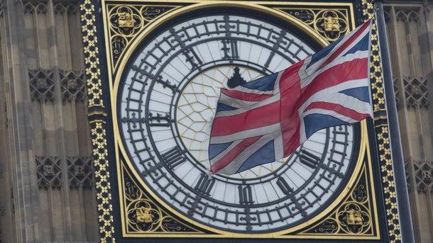 Стабилизация на британската промишлена активност през март до близо 8-месечно дъно
