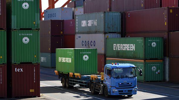 Лъчезар Динев: България може да извлече полза от евентуална търговска война между САЩ и Китай