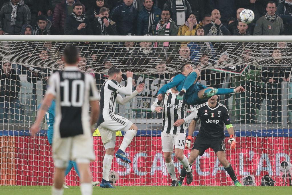 Торино се изправи и аплодира крал Кристиано