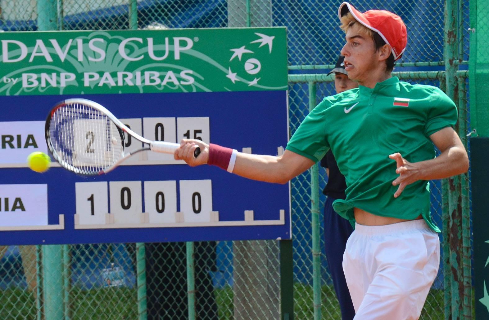 Адриан Андреев даде летящ старт на България