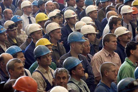 Държавата ще допуска чужденци от български произход без виза, когато работникът има договор, заверен в НАП