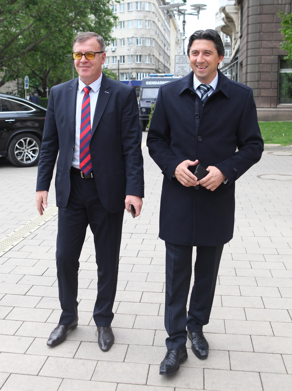 Сираков: ЦСКА е на гребена на вълната, Левски не върви