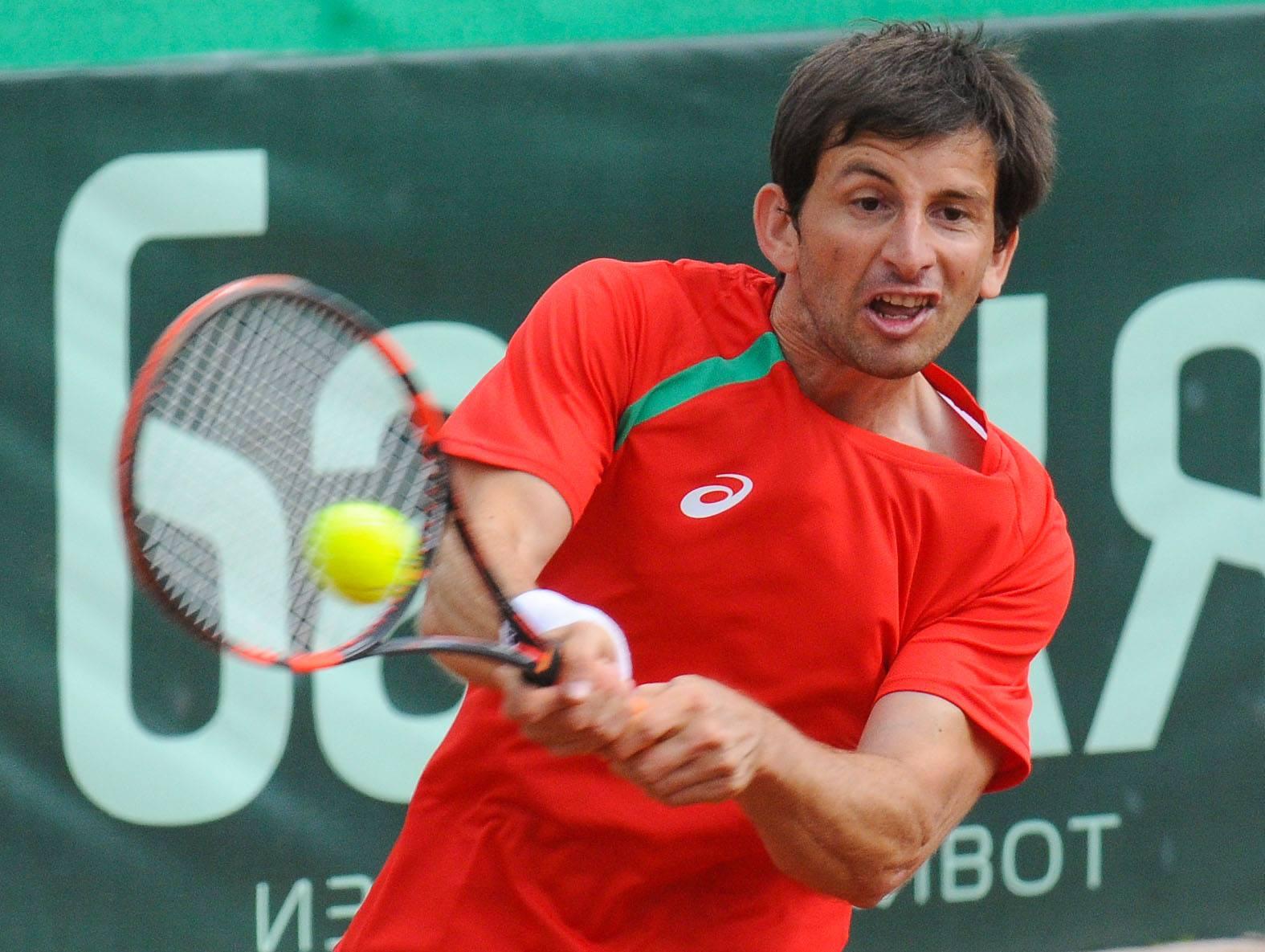 Лазов даде преднина на България срещу Македония