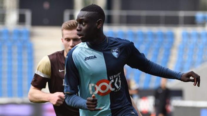 18-годишен футболист почина във Франция