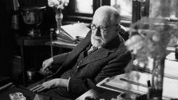 Зигмунд Фройд: В Средните векове щяха да изгорят първо мен, а после и всичките ми книги