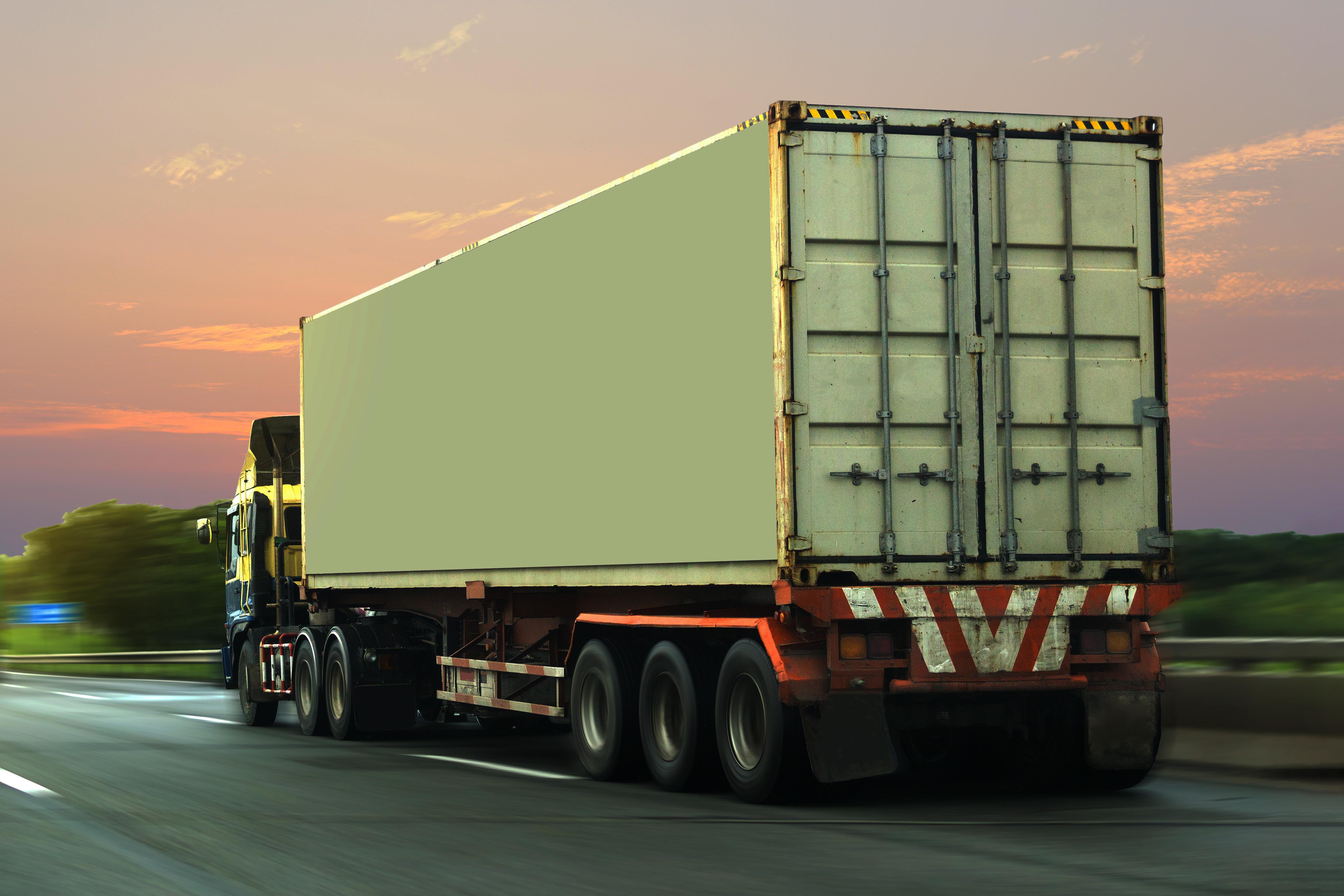 Спират тежкотоварни камиони по основни пътища в понеделник