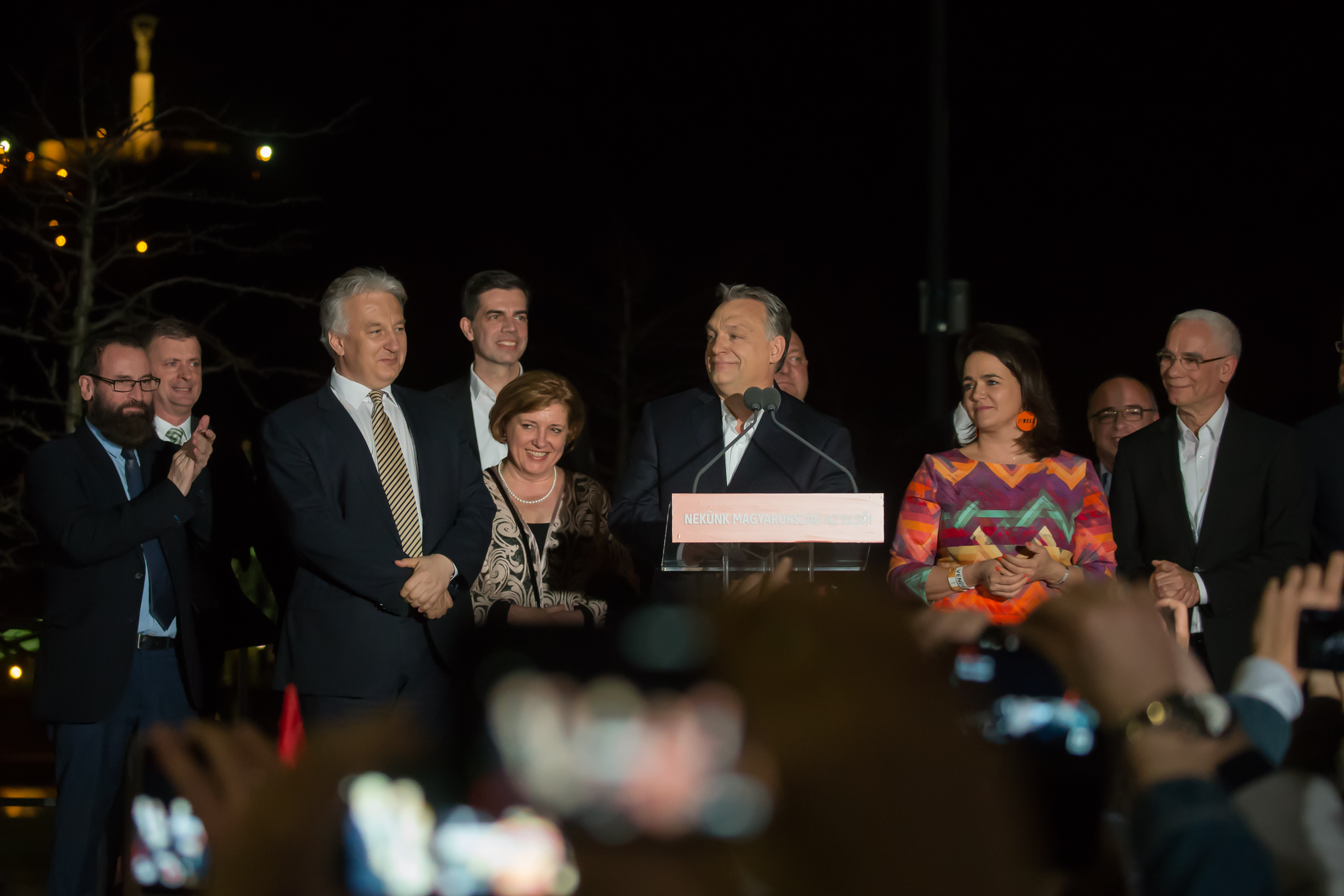 Убедителна победа за Орбан в Унгария