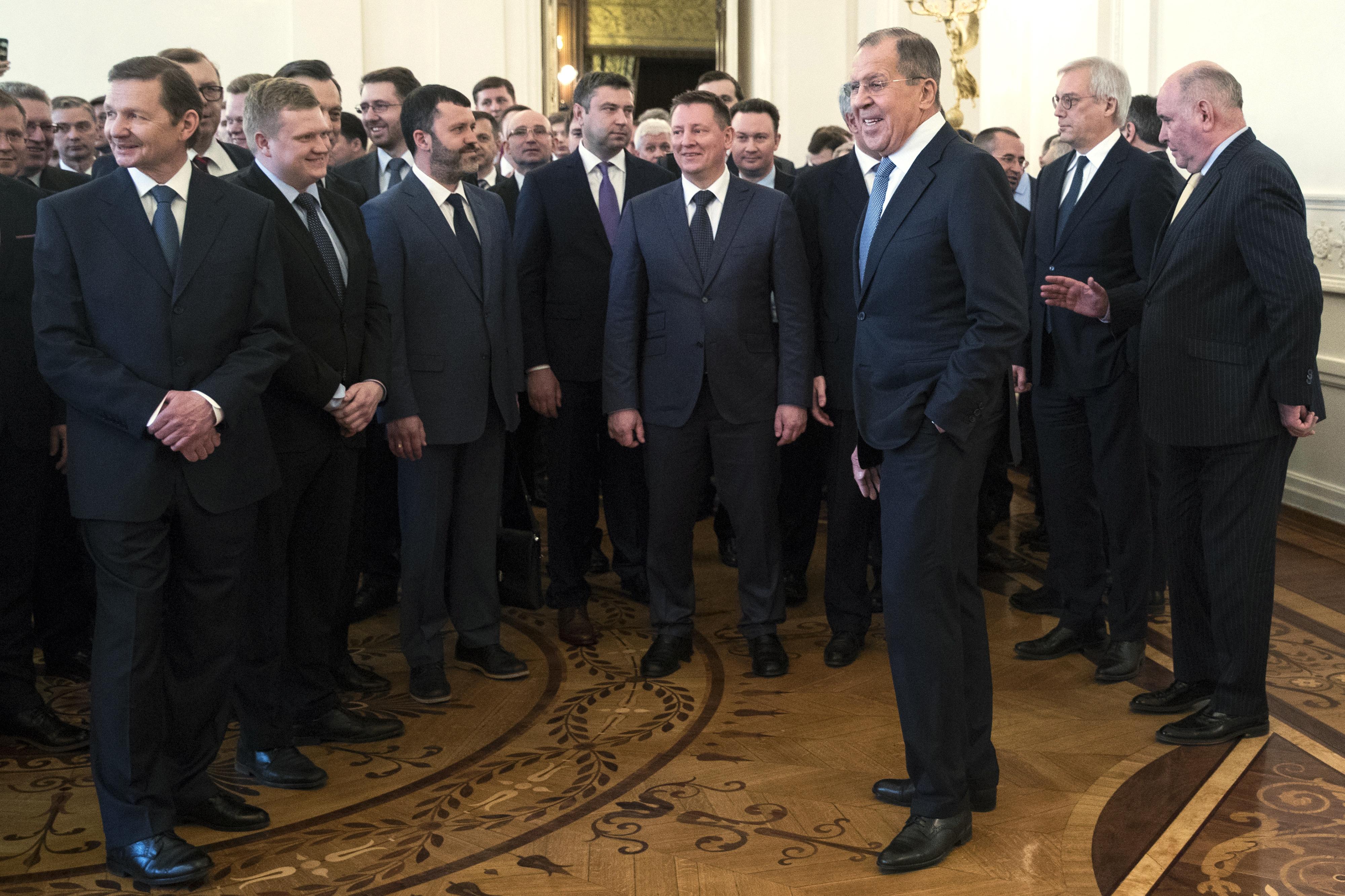 Лавров към изгонени дипломати: Не се огъваме пред ултиматуми