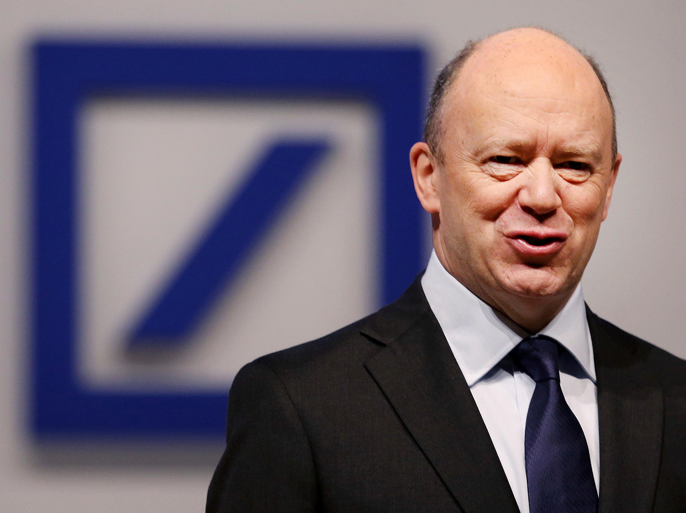 Компенсация: € 9 млн. за бившия шеф на Дойче банк