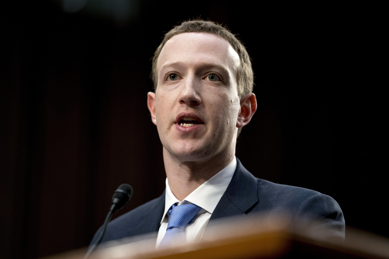 Зукърбърг: Фейсбук е в оръжейна надпревара с Русия