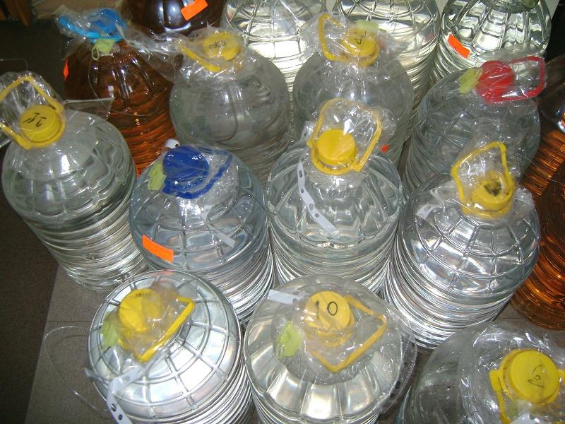 Данъчните продават етилов алкохол по 4 лв./литър