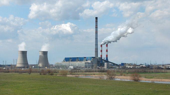"""Евентуалната промяна в договорите на централите от """"Марица Изток"""" няма да се отрази на цените на тока"""