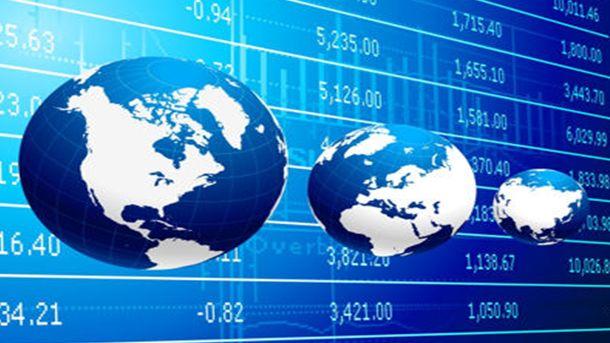 Силният растеж на световната търговия е в риск от ескалацията на протекционизма, предупреди СТО
