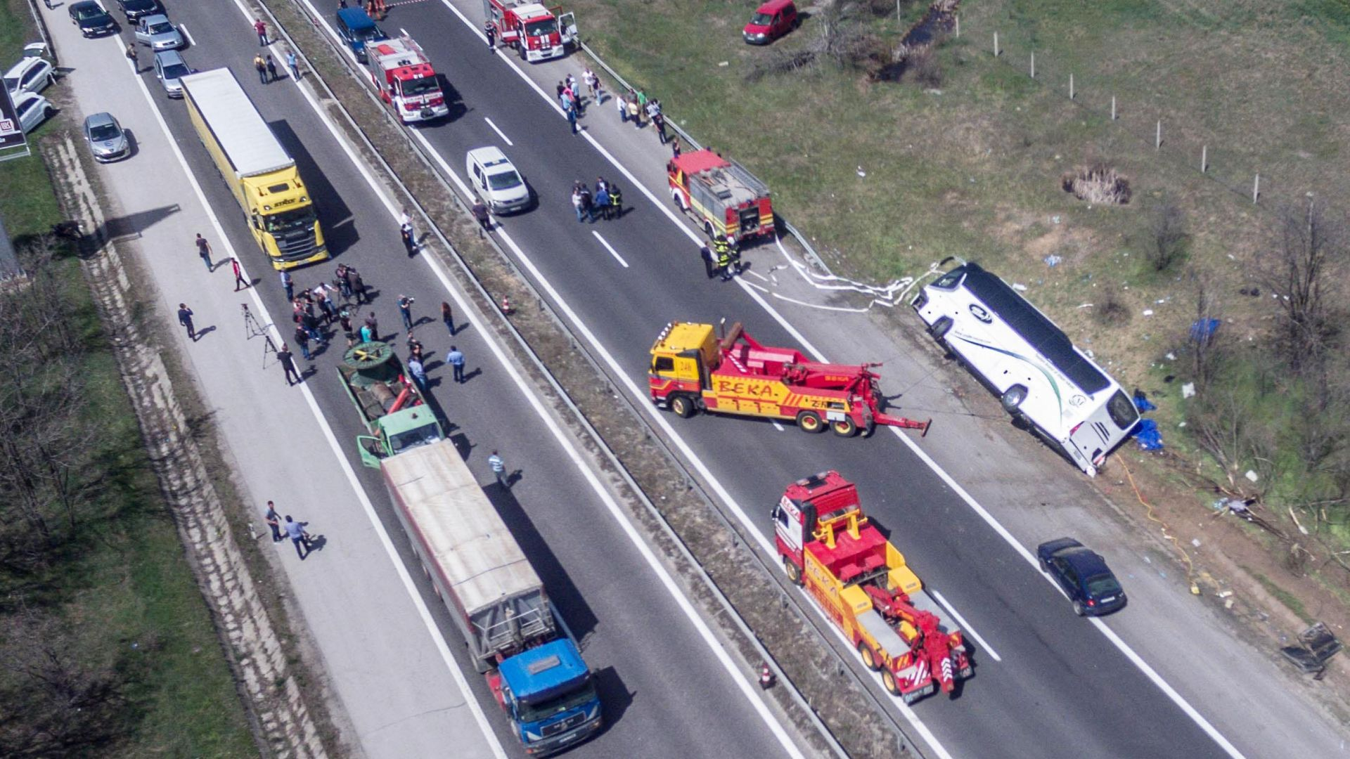 """Автобусът се движил по """"Тракия"""" с 96 км/ч. и 43-ма пътници"""