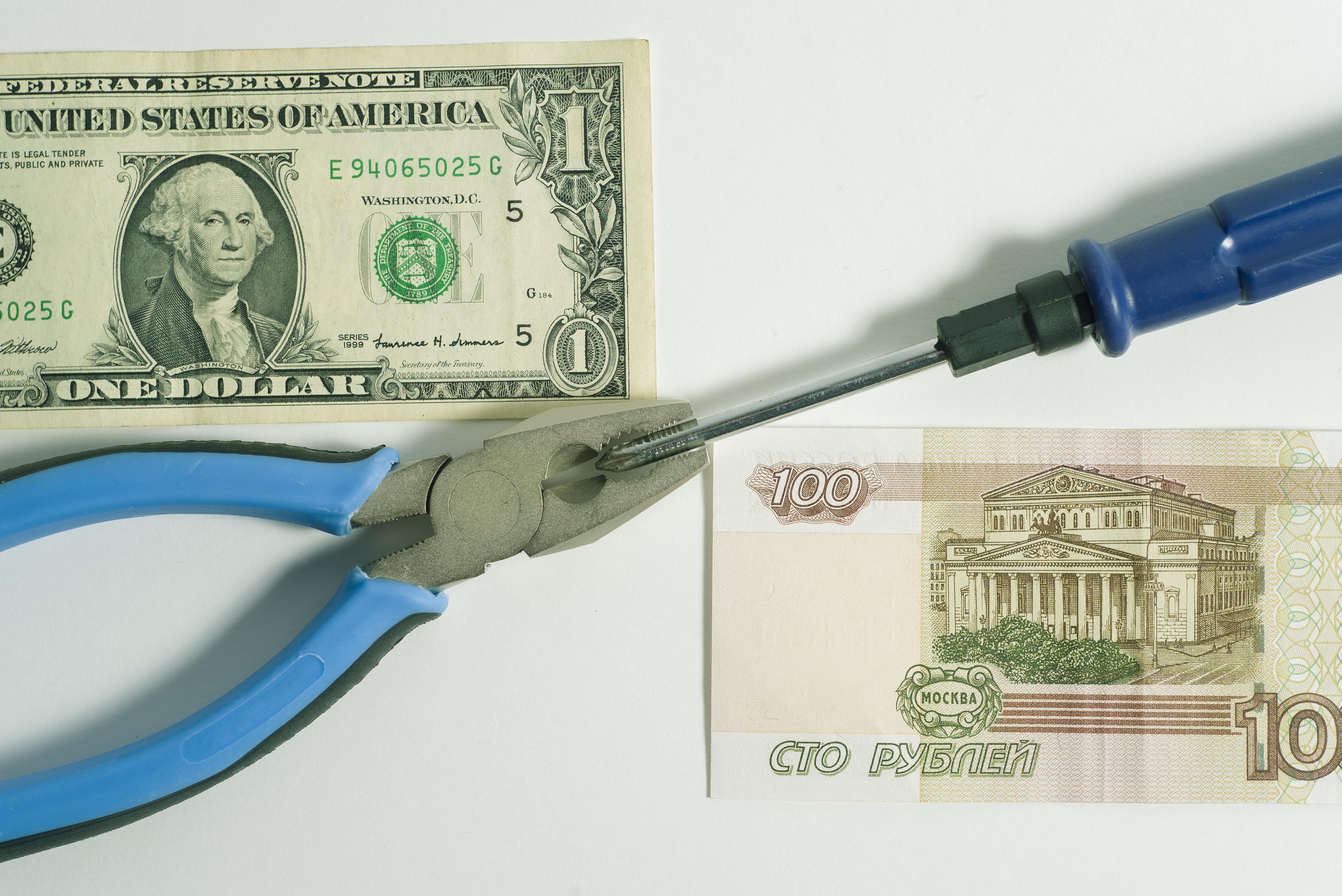 Войната на санкциите не води до никъде