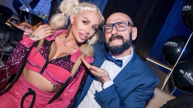 Джулиана Гани показа новия си нос на парти