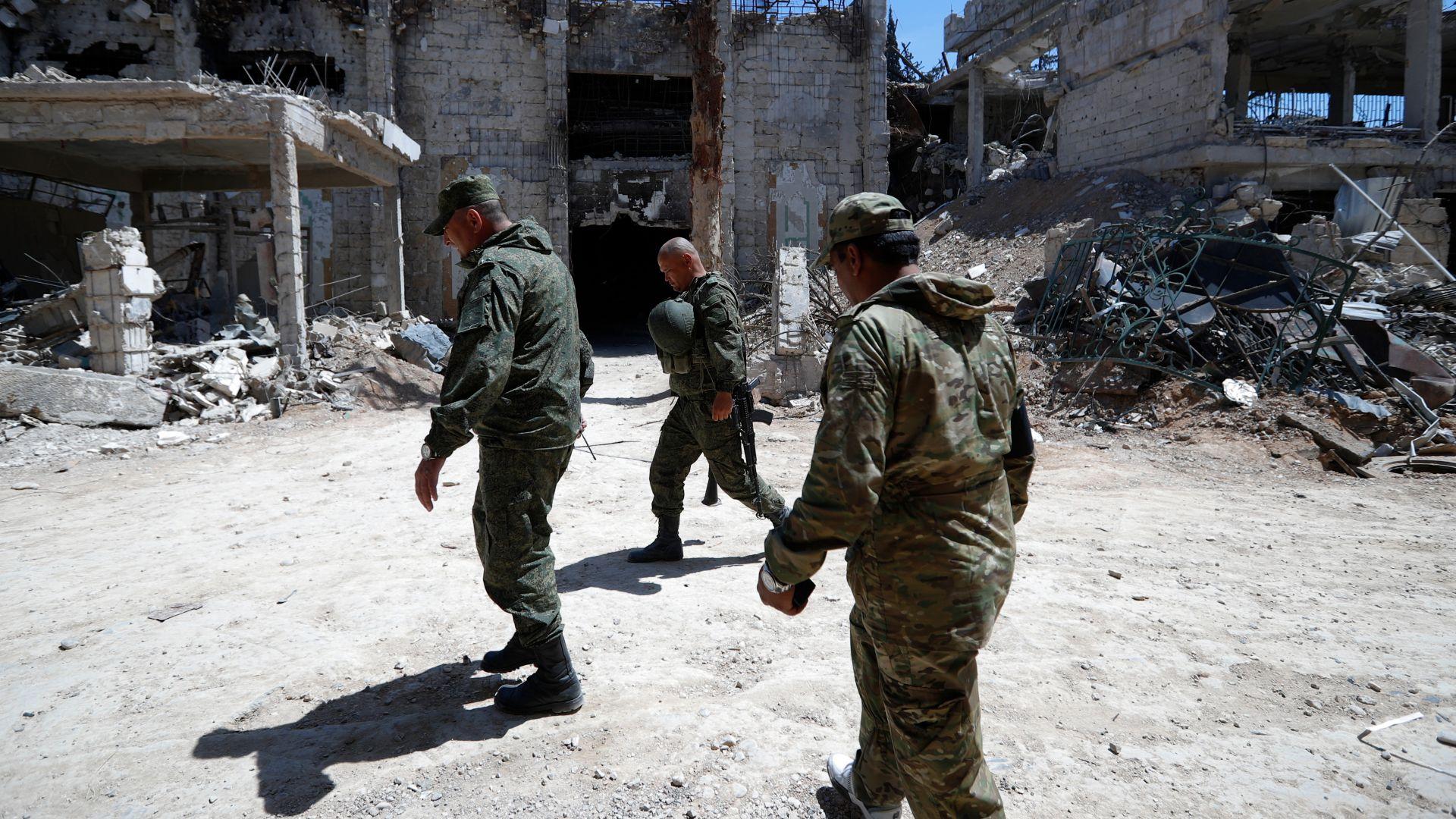 САЩ заменят своите военни в Сирия с арабски части