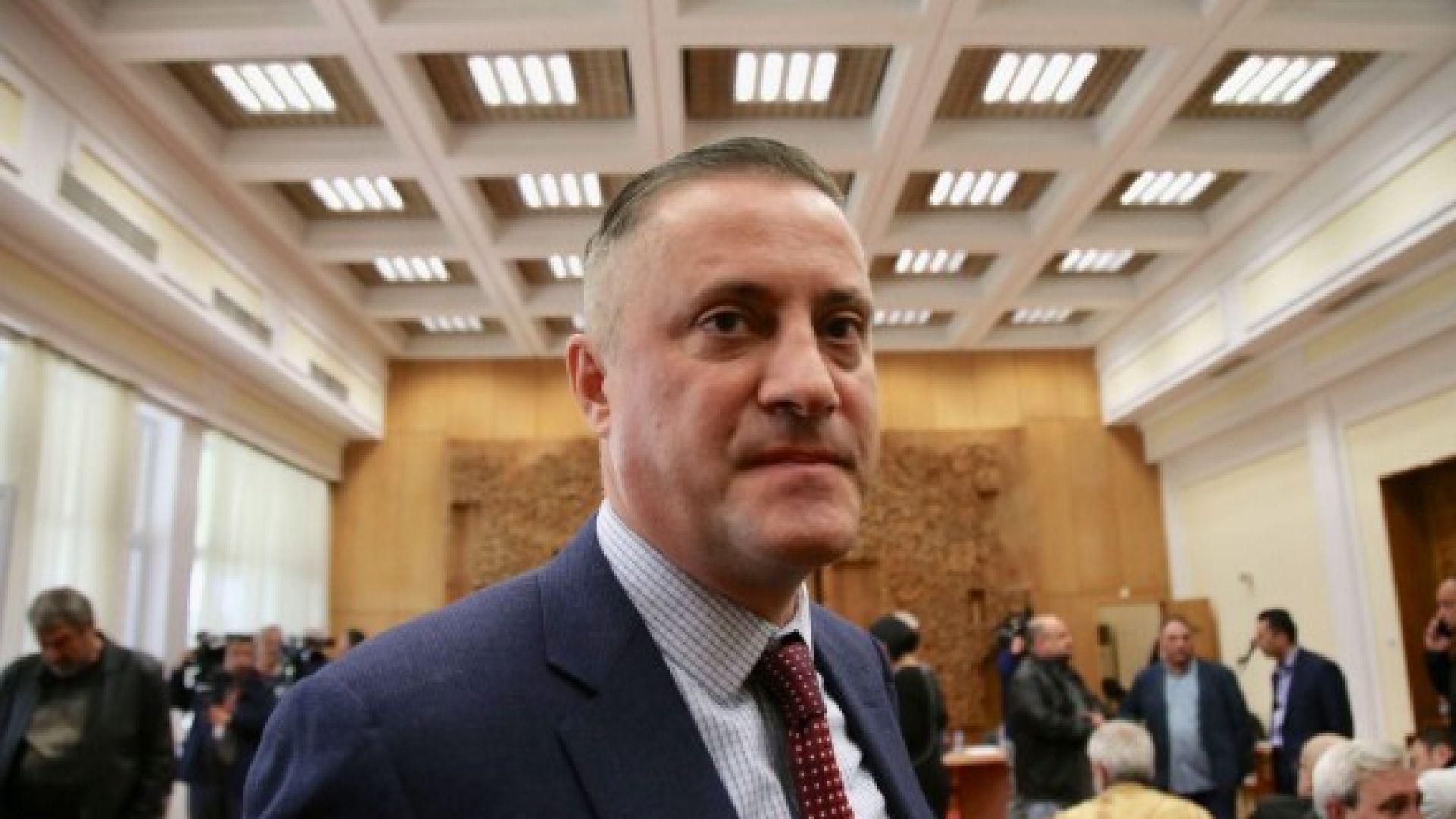 Гласуват оставката на Лукарски като лидер на СДС на 2 май
