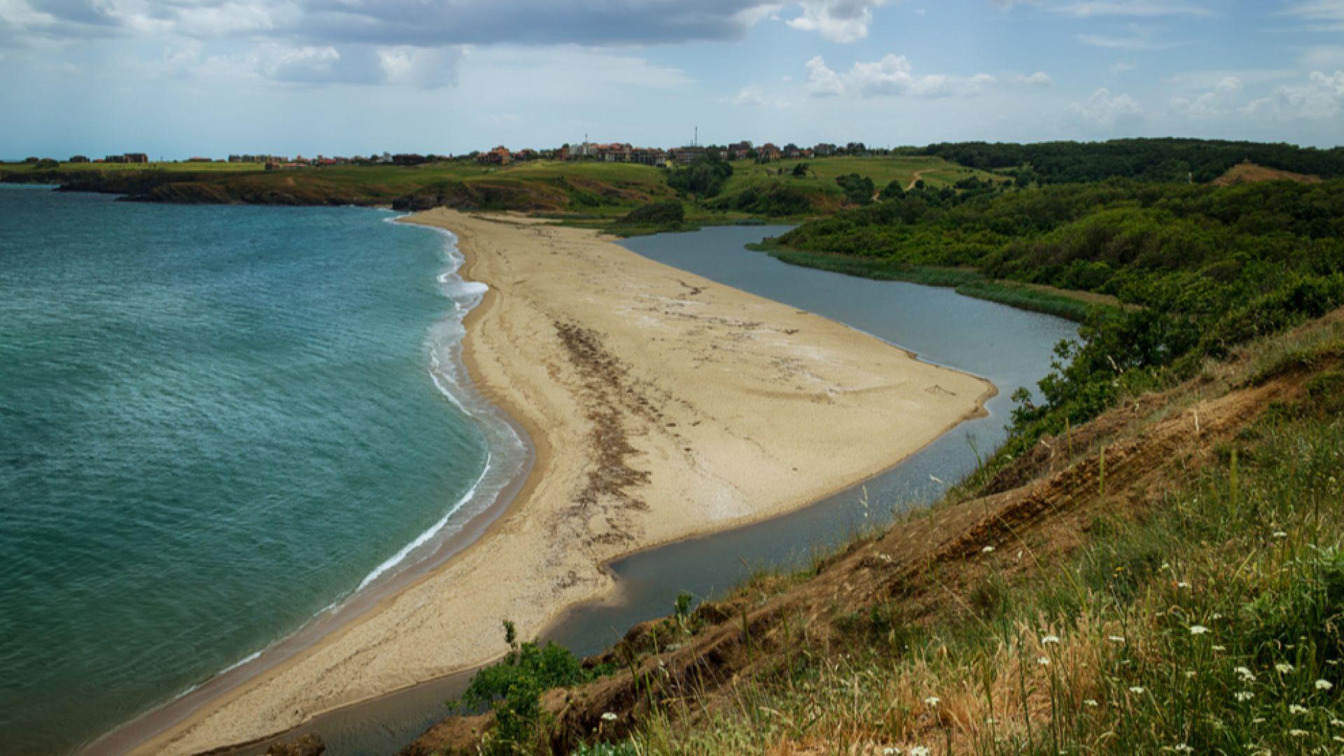 Напрежение край морето заради планове за ново застрояване