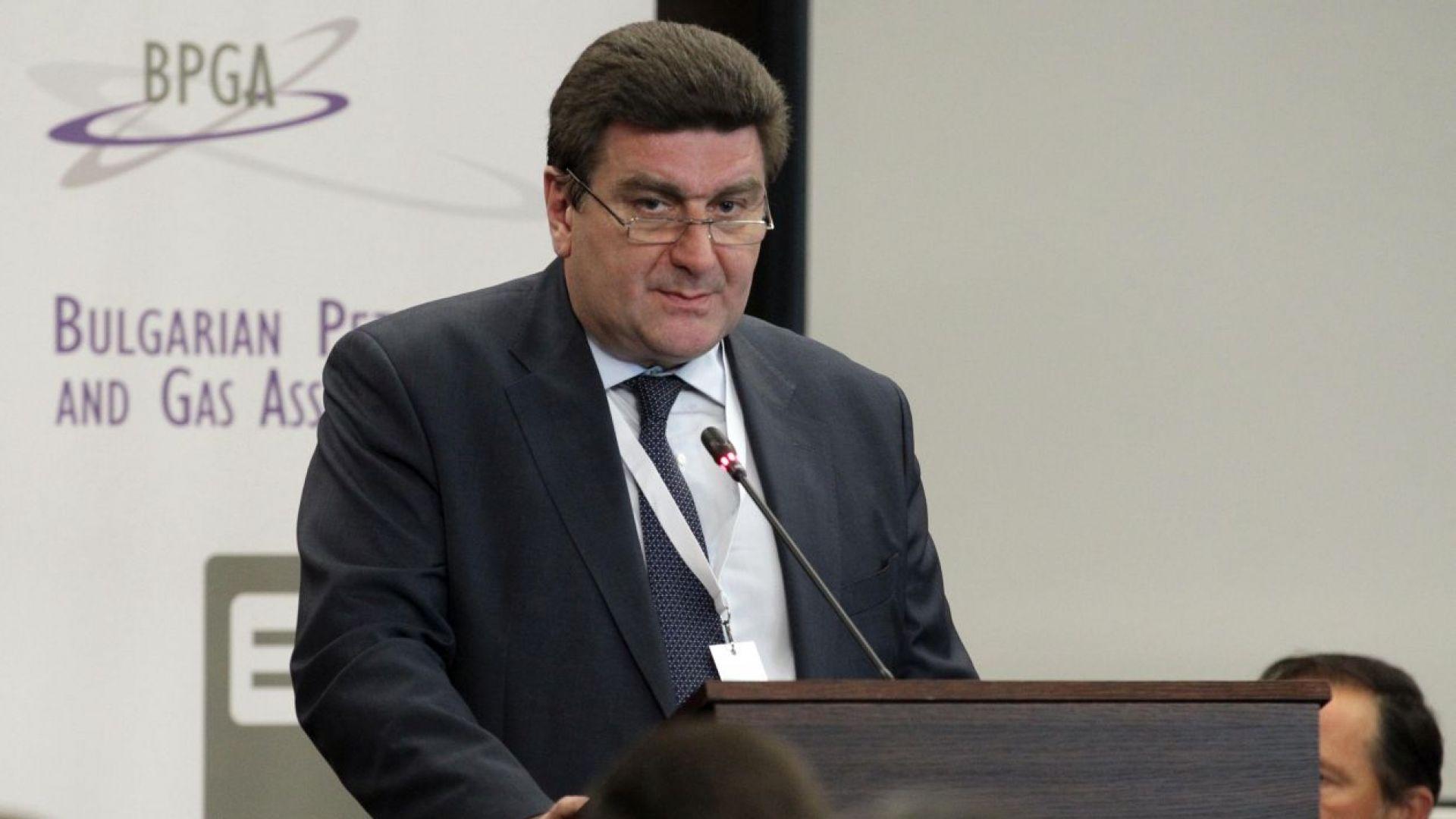 Валентин Златев:Не се очаква повишение на цените на горивата