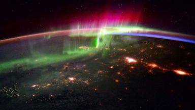 Астрономи-любители откриха нов вид полярно сияние