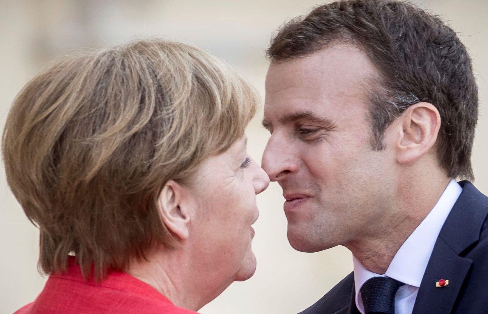 Ангела Меркел посрещна френския президент Еманюел Макрон