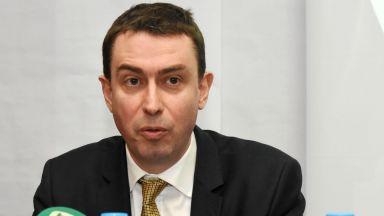 """Неустойка от 240 000 лева на ден грози фирмата, ремонтираща """"Граф Игнатиев"""""""