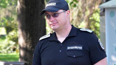 Раненият от бомбичка полицай: Може да уцелят свои роднини
