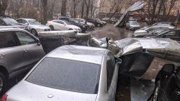 Буря в Москва уби двама и рани десетки
