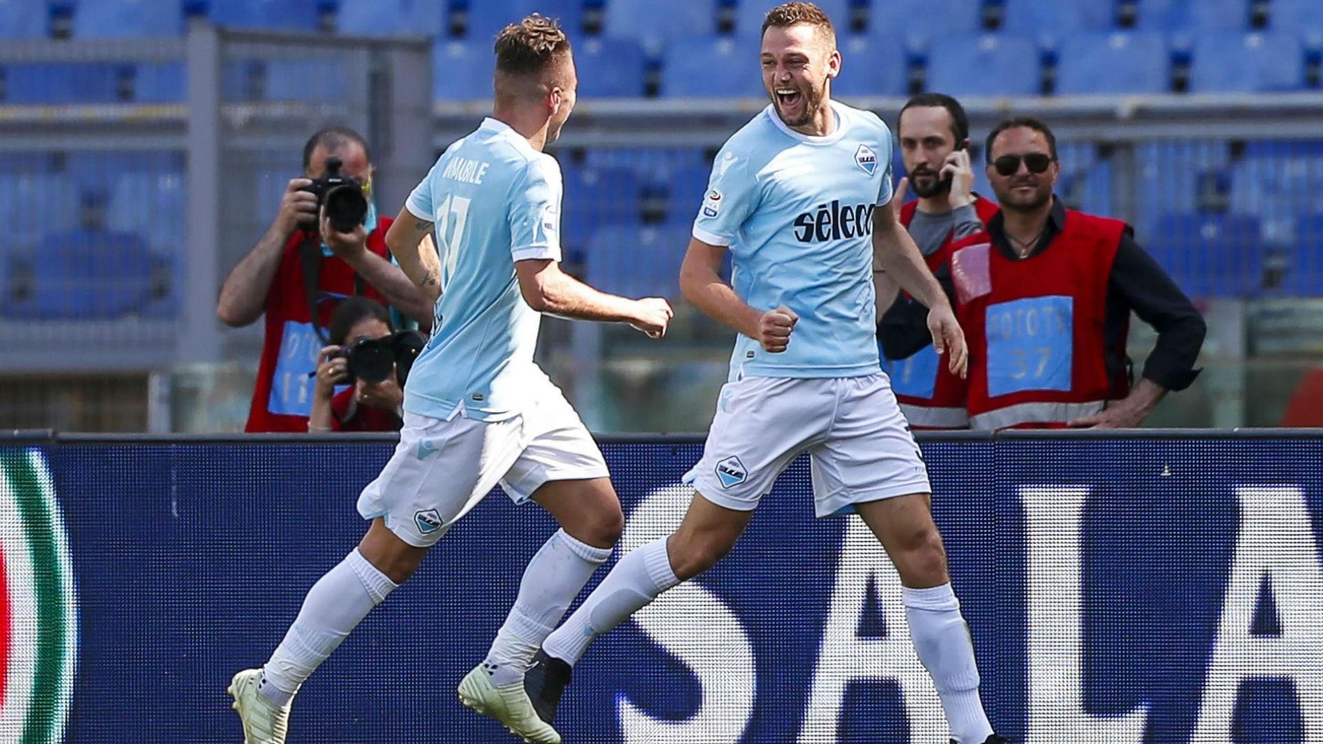 """""""Лацио"""" громи по пътя към Шампионска лига"""