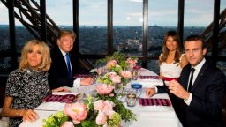 Визитата на Макрон в САЩ: Две вечери, обяд и подаръци